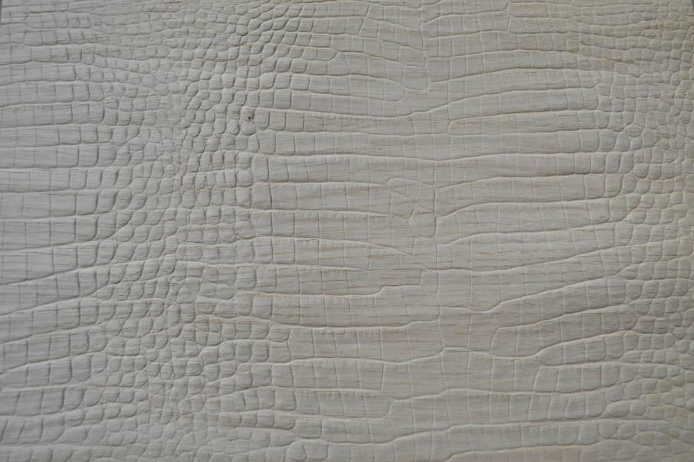 Immagine legno stampato effetto rettile
